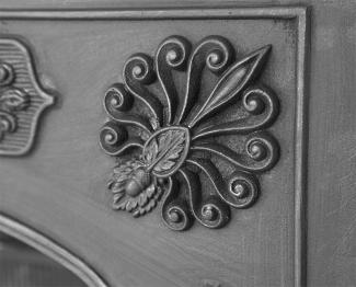 The Queensferry Cast Iron Hob Grate detail